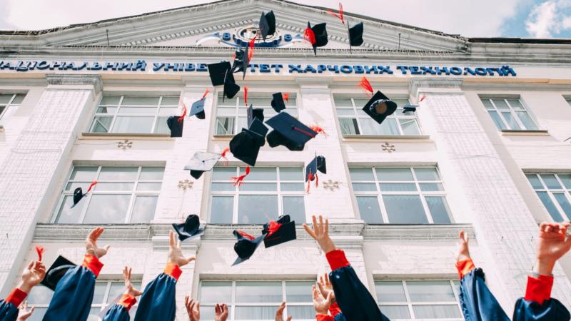 海外の大学進学に有利な英語の資格
